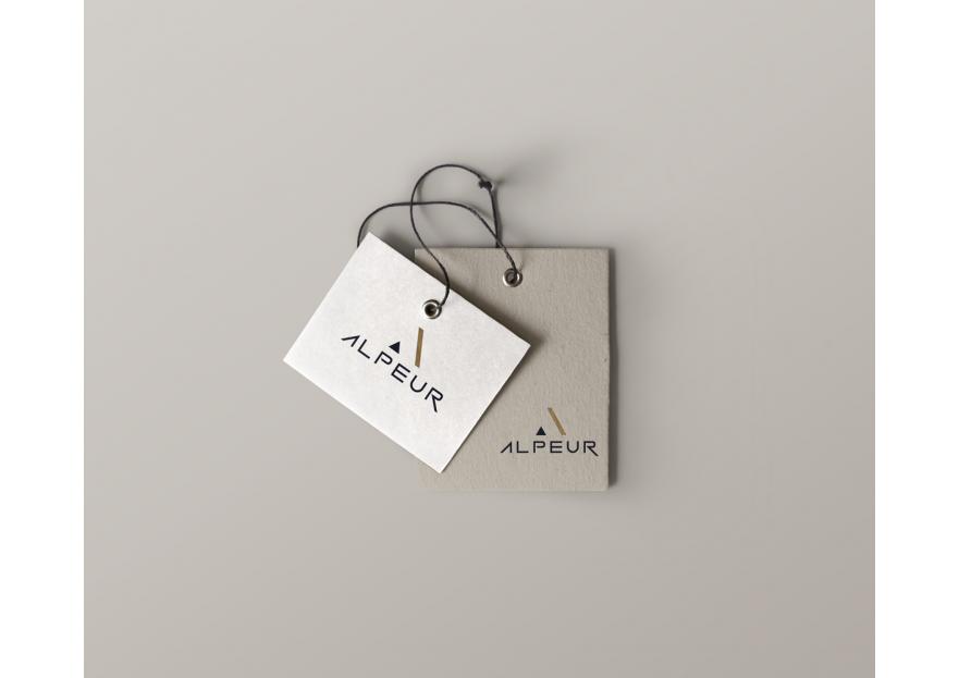 Moda sektörü icin klas bir LOGO yarışmasına tasarımcı sozyer tarafından sunulan  tasarım
